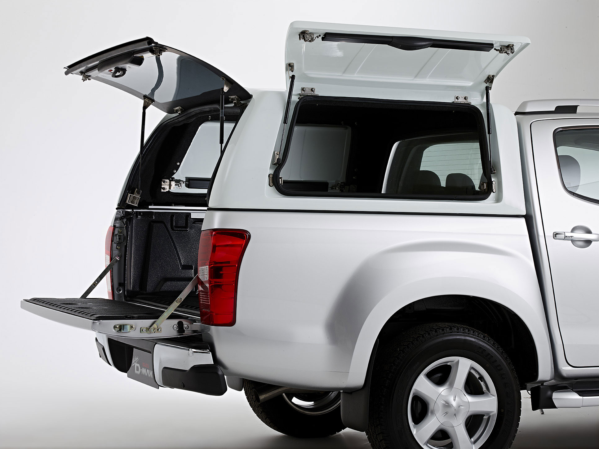 Carryboy Gullwing Commercial Canopy IACC2881   Isuzu Accessories
